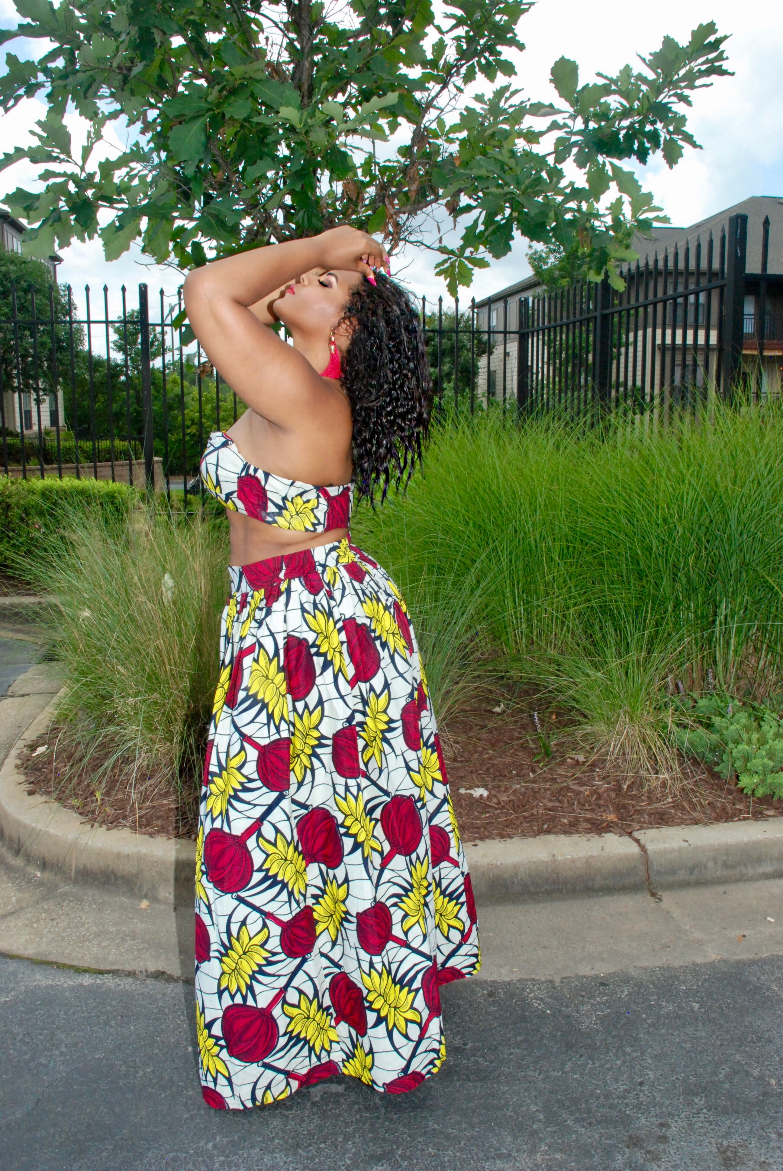 Summer Style With Grass Fields: Bandeau Tops and African Prints graphic