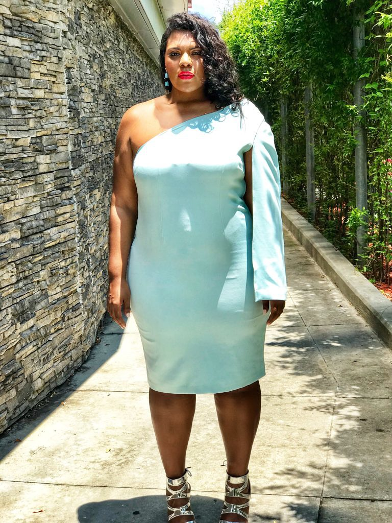 What To Wear: Plus Size Wedding Guest Options - Society of Harlow